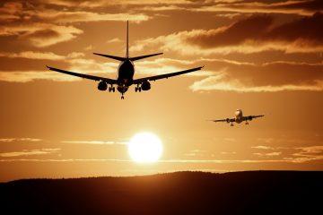 Медперсонал ФК «Уфа» спас человека на борту самолета