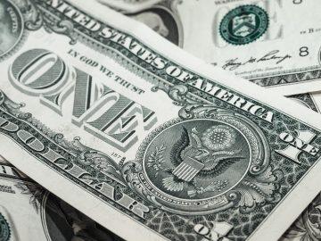 Американский доллар продолжает снижение