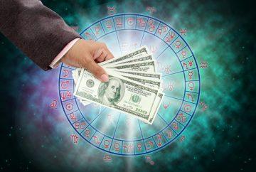 Астрологи назвали 5 знаков Зодиака, чья жизнь круто изменится в июне