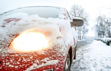 Уфимским автомобилистам рекомендуют сменить летнюю резину на зимнюю