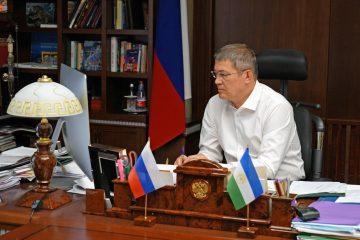 Глава Башкирии утвердил новую почетную награду для добровольцев и волонтеров