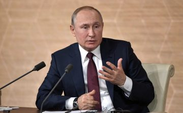 Владимир Путин написал статью о стене между Россией и Украиной