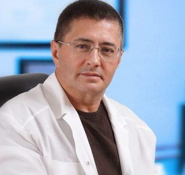 Доктор Мясников назвал помогающие в борьбе с коронавирусом продукты