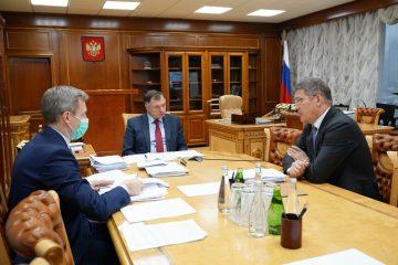 Радий Хабиров и Марат Хуснуллин обсудили вопросы дорог и жилья в Башкирии