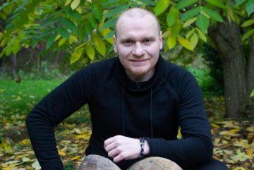 Сергей Сафронов отстранен от ведения шоу «Битва экстрасенсов»