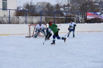 В уфимской Нижегородке открыли хоккейный сезон