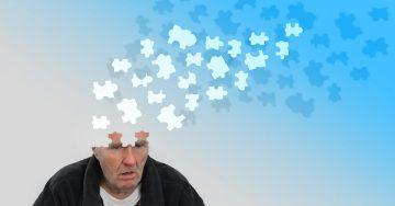 Российский невролог Виктор Шахнович назвал первые признаки старческой деменции