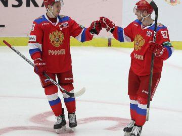 В матче с финнами два хоккеиста «Салават Юлаев» остались вне игры