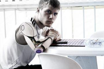 Профессор Эмма Харт заявила, что роботы смогут размножаться